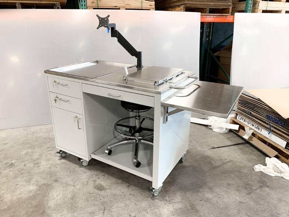 custom lab workbench